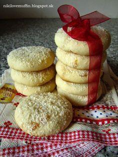 Salko cookies - My site Brownie Cookies, Fudge Brownies, Condensed Milk Cake, Czech Recipes, Sweet Cookies, Sweet Pastries, Biscuit Recipe, Sweet Desserts, Holiday Cookies
