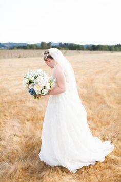 wedding flowers, bridal bouquet, bride bouquet, wedding ideas, Oregon wedding photographer, Washington wedding photographer