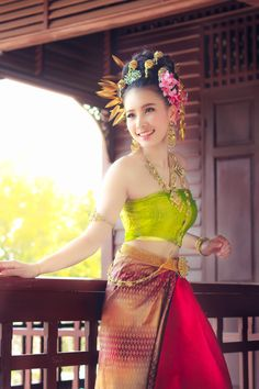 Beautiful Thai girl in Thai traditional costume. She smile and looking high. Traditional Thai Clothing, Myanmar Traditional Dress, Traditional Dresses, Cinderella Outfit, Thai Fashion, Thai Dress, Beautiful Asian Women, Asian Beauty, Strapless Dress Formal