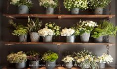 I'm gonna try to reproduce this shelving #recycle #reuse #vintage #flowers