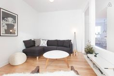 2020 - Logement entier à Trendy and cosy condo with 2 bedrooms, full kitcken, 2 balconies and plenty of light. It is located in the cool and trendy district of Limoilou. Condo, Floor Chair, Flooring, Bedroom, Inspiration, Furniture, Home Decor, Apartments, Biblical Inspiration