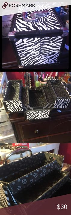 🚫SOLD. Caboodle Crave Makeup Case Features Two Cantilever Trays Interior Storage Carrying Handle Product Information Zebra Print Product Dimensions9 x 8 x 6 inches Item Weight2.6 lbs Caboodle Makeup Brushes & Tools