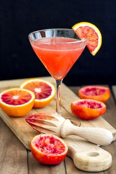 This Blood Orange Martini recipe has fresh blood orange juice, pear vodka, ginger liqueur and limoncello. Unique and tasty!