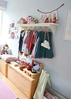 Hang Ups: Storage Solutions for Kids Rooms Without a Closet | Apartment Therapy
