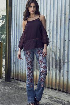 Blusa com Detalhe Renda - Comprar em SHOP COLCCI