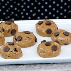 A Pre-Workout Snack That Tastes Like Cookie Dough! PB, honey, flax seed, chocolate protein, dark chocolate chips