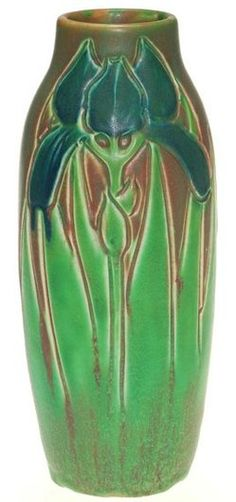 Unusual Rookwood carved Mat glaze vase with a conventionalized blue iris and leaves nicely done by Rose Fechheimer in. on Jun 2013 Cold Porcelain Jewelry, Porcelain Vase, Fine Porcelain, Painted Porcelain, Rookwood Pottery, Roseville Pottery, Glazes For Pottery, Pottery Art, Glazed Pottery