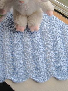 Free Pattern: Rippling Waves Baby Blanket by Kathy North