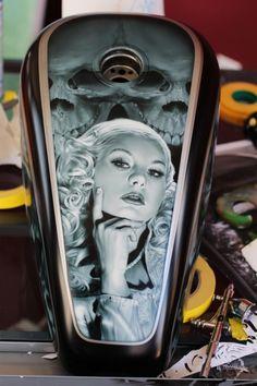 The Art of Ryan Townsend - Airbrush Artwoks Custom Motorcycle Paint Jobs, Custom Paint Jobs, Airbrush Art, Air Brush Painting, Car Painting, Pinstriping, Motos Harley Davidson, Custom Tanks, Custom Bikes
