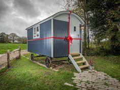 Blackdown Shepherd Huts in Somerset UK creating high quality handcrafted bespoke…
