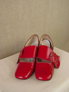Vintage 1960s Shoes / Mod Style with Buckle by AmouretteVintage, $40.00