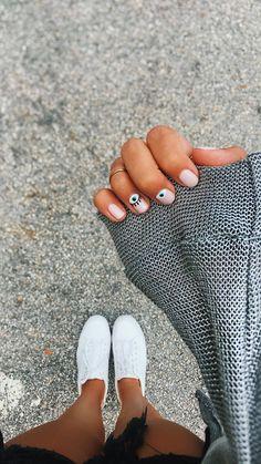 VSCO nuhtalia - Gucci Nails - Ideas of Gucci Nails - . Summer Acrylic Nails, Cute Acrylic Nails, Cute Nails, Pastel Nail Art, Design Ongles Courts, Short Gel Nails, Short Nails Art, Magic Nails, Cat Eye Nails