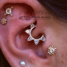 Teresa's daith piercing holds one of my favorite designs from @bvla's new…