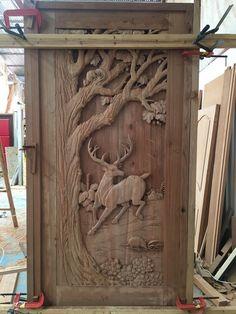 Single Door Design, Wooden Main Door Design, Wood Design, Dremel Wood Carving, Wood Carving Art, Vintage Suitcase Decor, Wooden Sofa Designs, Kalamkari Painting, Whittling Wood