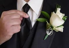 Possibly the most thoughtful boutonniere ever.