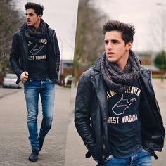 Love the mix of the graphic tee with the scarf and jacket.