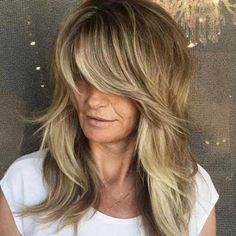 20 Smart And Classy Hairstyles For Women Over 50 - New Hair Styles 2018 Layered Haircuts With Bangs, Long Hair With Bangs, Haircuts For Long Hair, Girl Haircuts, Short Hair Cuts, Blonde Hair Over 50, Long Layers With Bangs, Messy Bangs, Curly Bangs