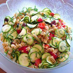 zucchini and pasta salad_picnik