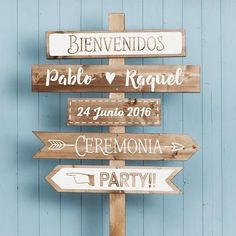 Carteles para tu boda by Innovias Posters for your wedding by Innovias - Innovias Wedding Signs, Diy Wedding, Rustic Wedding, Reception Signs, Art Deco Jewelry, Wedding Planner, Wedding Decorations, Packing, Sticker