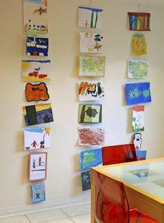 Ways to display kids' art new house дом, дети, пространства Hanging Kids Artwork, Displaying Childrens Artwork, Childrens Art Display, Artwork Display, Wire Picture Holders, Exposition Photo, Art For Kids, Kids Art Space, Art Children