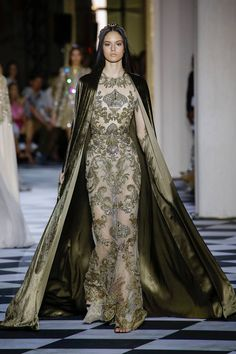 Zuhair Murad Autumn/Winter 2018 Couture 2018 | British Vogue