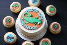 Reptile Cake and Cupcakes    GoodieBox Bakeshop Hoboken, NJ