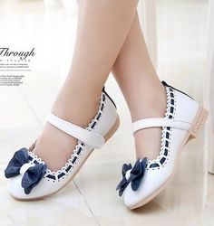 Girls white dress shoes models bowknot princess shoes light leather Korean students 3 color baby leather shoes for children A19