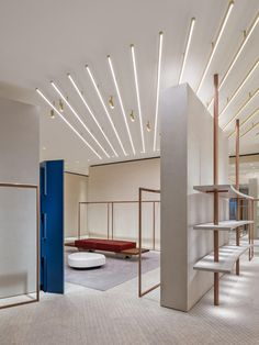A conscious fashion label practices what it preaches with its Shanghai flagship - News - Frameweb Boutique Interior, Fashion Shop Interior, Fashion Store Design, Fashion Stores, Retail Shop, Retail Displays, Shop Displays, Merchandising Displays, Window Displays