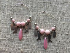 Hoops / Creolere. Pink hoops made of steel and gemstone. www.bulowssmykker55.amioamio.com