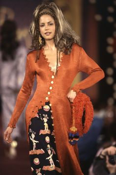 Fall 1993 – Todd Oldham Studio 90s Fashion, Runway Fashion, High Fashion, Luxury Fashion, Vintage Fashion, Fashion Outfits, Womens Fashion, Valley Girls, My Fair Lady