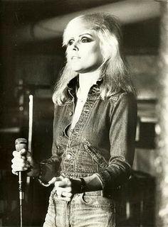 Blondie Vintage 70s Fashion Style