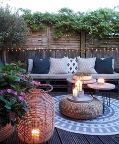 Some Great Suggestions for Springtime Patio Furniture – Outdoor Patio Decor Outdoor Rooms, Outdoor Gardens, Outdoor Living, Outdoor Decor, Backyard Patio Designs, Patio Ideas, Backyard Decks, Patio Decorating Ideas On A Budget, Diy On A Budget