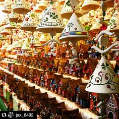 Finally stopped by the Christmas markets today and was not disappointed. #studyabroad #isaabroad #florence #Italy #christmas #market #ornaments #travel #Repost @jax_6492 with @repostapp  #discoverflorence #firenze #discoverfirenze #theworldawaits #seetheworld #isaitaly #isaeurope #christmasshopping by isaabroad