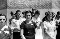 Grupo de milicianas de Madrid, fotografiadas el 30 de julio de 1936 por fotógrafo de ABC José Díaz Casariego. .  JOSÉ DÍAZ CASARIEGO