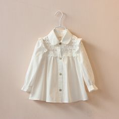 children clothing baby girls white blouses girl kids lace full/long sleeve shirts princess fly sleeve cute blouse for girls(China (Mainland)) Kids Frocks, Frocks For Girls, Toddler Girl Dresses, Little Girl Dresses, Baby Girl Shirts, Baby Girls, Kids Shirts, Girls White Blouse, Baby Outfits