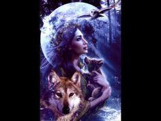 Oración del Lobo Sígueme por el sendero, caminaré a tu lado. Yo te ayudaré y te mostraré el camino. No voy a dejarte. Estaré de pie en el sendero, mientras te miro. Si te sientes solo/a cierra los …
