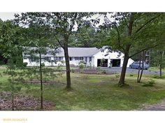 3 Blueberry Lane, Brunswick, Maine 04011 - More Info: http://carletonrealty.me/search-properties/1141902/3-blueberry-lane-brunswick-maine-04011-me/