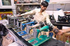 Sewing Machines. Shop. Delhi (India).  Bazar, Crank sewing machine, man, merchant, Paras, people, Royal, Silco, vendor.