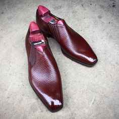 """The """"Tatton"""" in chestnut English grain. Made to Order on the TG 73 last and shined up at 39 Savile Row. #gazianogirling #gazianoandgirling #shoeporn #madetoorder #GGTatton"""