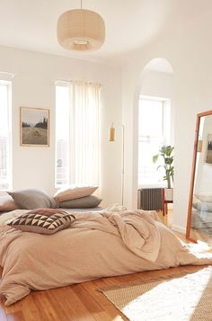 sun light- beautiful space - subtle colors - so soft and calm ...