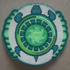 Idea for my son's headband 👌 Native Beading Patterns, Beadwork Designs, Bead Loom Patterns, Indian Beadwork, Native Beadwork, Native American Beadwork, Native American Patterns, Native American Crafts, Mochila Crochet