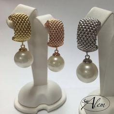 Las perlas son perfectas para cualquier ocasión.... Sólo tienes que decidir que acabado te gusta más... #gold #silver #rose #earrings #swalem #moda #plata #fashion #pearls
