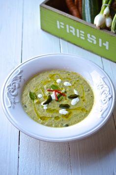 Cuketová polévka s mátou | Courgette mint soup