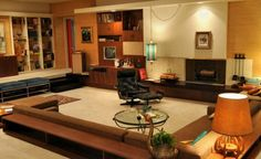 TV Show Style Challenge: Mad Men - Home Design with Kevin Sharkey
