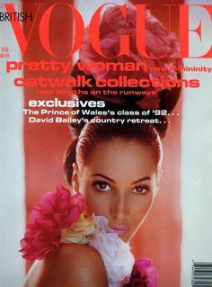 Christy Turlington, photo by Javier Vallhonrat, Vogue UK, February 1992 Vogue Magazine Covers, Fashion Magazine Cover, Fashion Cover, Vogue Covers, Vogue Uk, Vogue Russia, Vogue Paris, Christy Turlington, Top Models