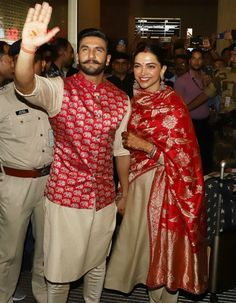 Needless to say Deepika Padukone, Ranveer Singh stepped out in Sabyasachi couture, who is their designated wedding designer. Wedding Kurta For Men, Wedding Dress Men, Indian Wedding Outfits, Indian Outfits, Indian Clothes, Indian Weddings, Bollywood Designer Sarees, Bollywood Fashion, Bollywood Stars