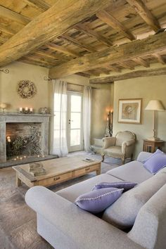 Tuscan style – Mediterranean Home Decor French Country Living Room, French Cottage, French Country Decorating, Italian Living Room, Living Room Decor, Living Spaces, Italian Home Decor, Cottage Interiors, Tuscan Style