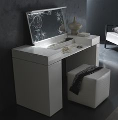 Cabinet bring elegant and classic look to every Modern Bedroom Vanity. Converting an agency into a bedroom vanity can be an easy task Modern Makeup Vanity, Modern Vanity Table, Makeup Table Vanity, Ikea Vanity, Vanity Tables, Small White Dressing Table, Table Dressing, Wall Mounted Dressing Table, Modern Dressing Table Designs