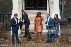 Prince Harry, US President Barack Obama, First Lady Michelle Obama, Prince William, Duke of Cambridge and Catherine, Duchess of Cambridge pose as they attend a dinner at Kensington Palace on April...