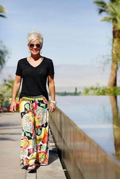 Fashion Outfits Women - 30 Best Summer Outfits for Women Above 50 – Style Tips Stylish Outfits For Women Over 50, Elegant Summer Outfits, Preppy Summer Outfits, Summer Outfits Women Over 40, Clothes For Women Over 50, Over 50 Womens Fashion, Summer Fashion Outfits, Casual Summer Outfits, Fashion Over 50